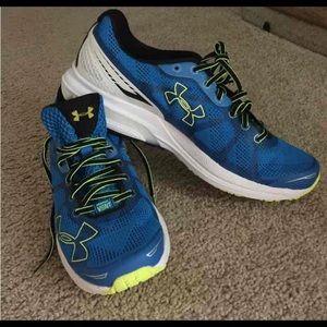 Under Armour men's sport shoes